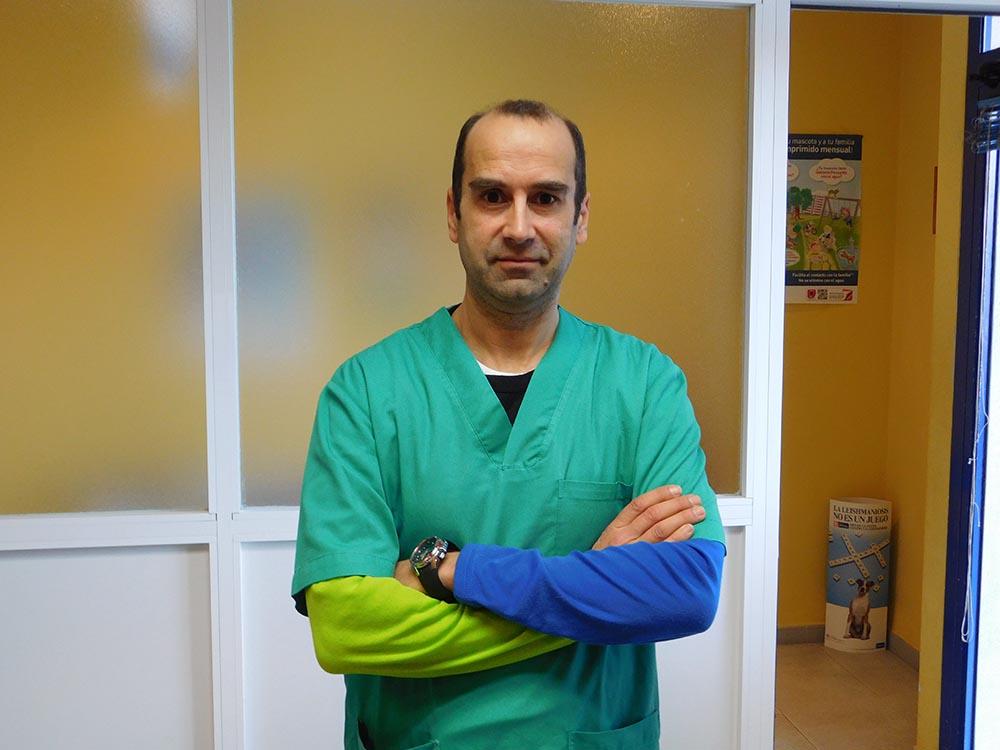 Veterinario Ricardo Núñez Losada